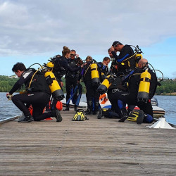 PADI Rescue Diver - Milieu naturel en lac.